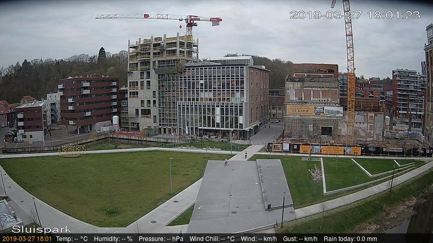 Klik op de webcam foto voor een grotere versie